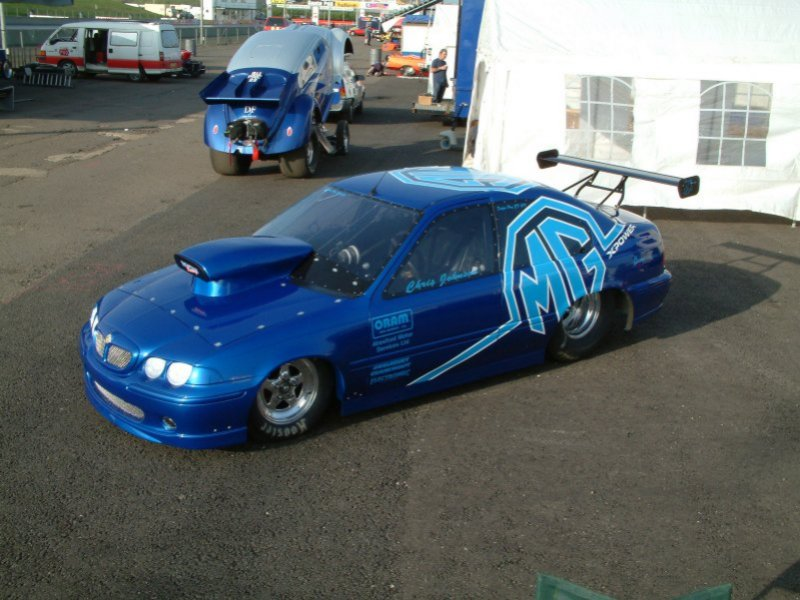 A dragster in the guise of a MG-ZT or Rover 75,